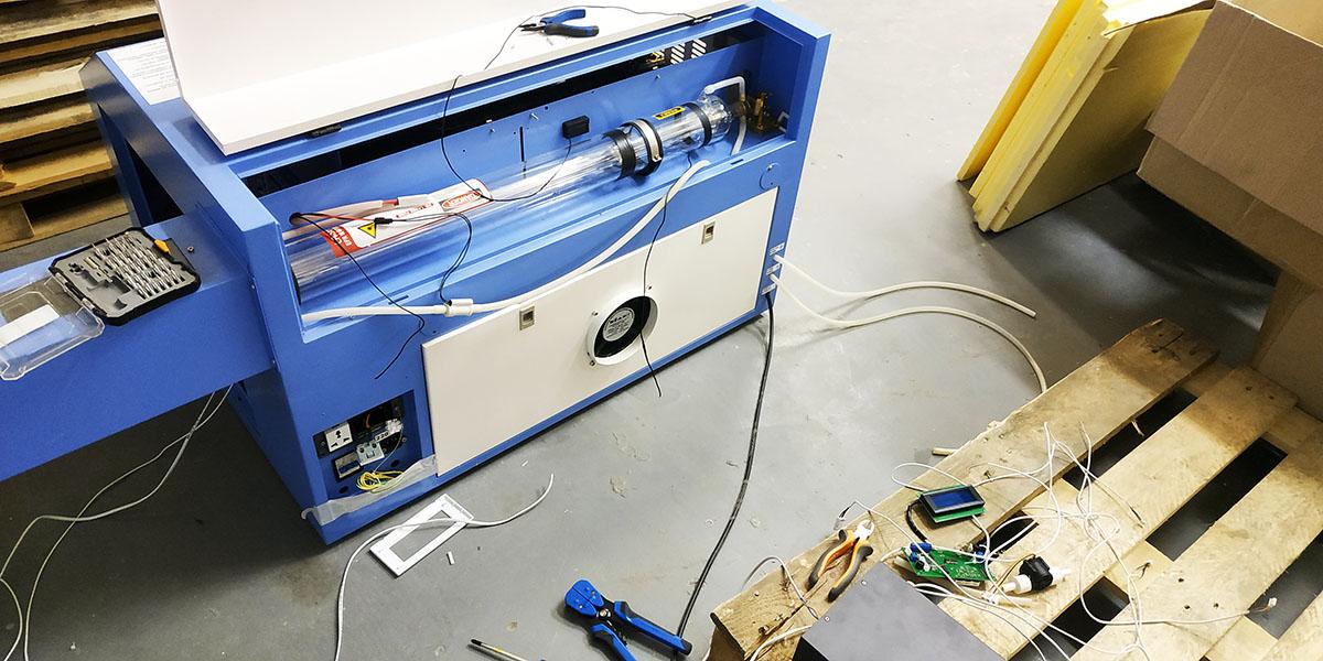Лазерный станок 9060 V1 в г. Санкт-Петербург на ул. Хасанская для производства сувенирных изделий